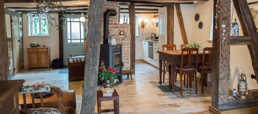 Urlaub im Fachwerkhaus Wolfhagen - wohnen wie vor 400 Jahren und feiern wie vor 700 Jahren